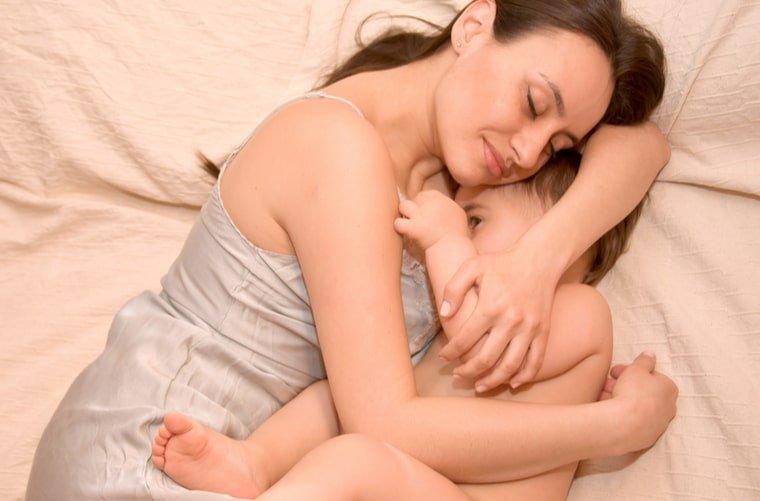 Beneficios lactancia materna niño y mamá