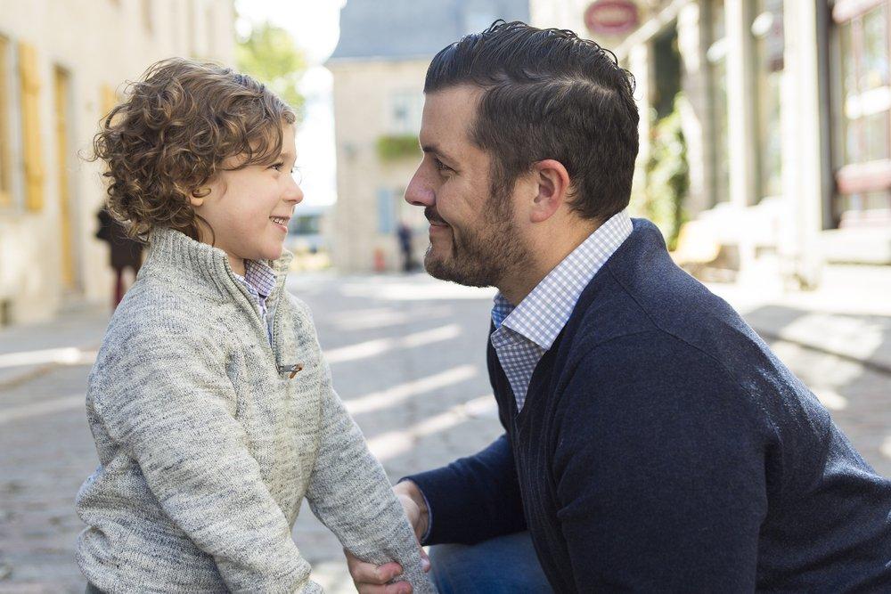 papa habla con hijo sobre masturbarse