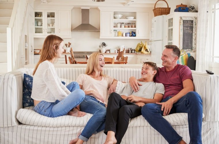 padres-hablando-de-sexualidad-con-sus-hijos