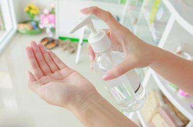 Gel antibacterial en casa